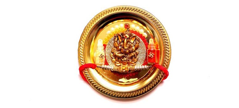 Decorate bronze Thali attractively